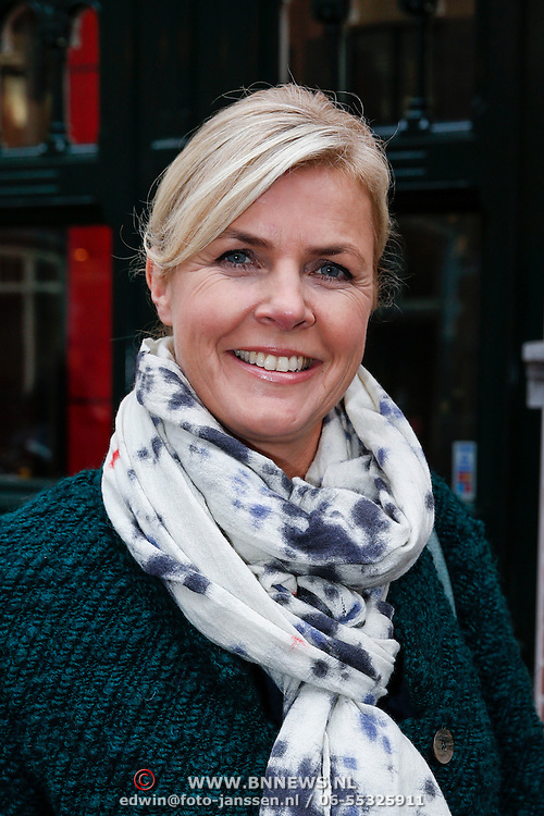 NLD/Amsteram/20121024- Presentatie biografie Joop van den Ende, Irene Moors