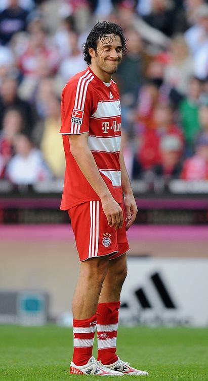 27.04.2008 Fussball Bundesliga Saison 2007/08 FC Bayern Muenchen - VFB Stuttgart Luca TONI (FCB).