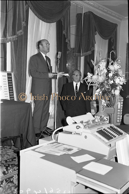 18/06/1963.06/18/1963.18 June 1963.Opening of Burroughs Business Efficiency Exhibition at the Royal Hibernian Hotel, Dublin. The exhibition displayed various models of Burroughs management machines. The highlight was the F4000 Electronic Accounting System - The Sensitronic. .Mr. M.J. Dargan, Assistant General Manager, Aer Lingus opening the exhibition with Mr. J. Geddes, General Manager for Ireland (right).