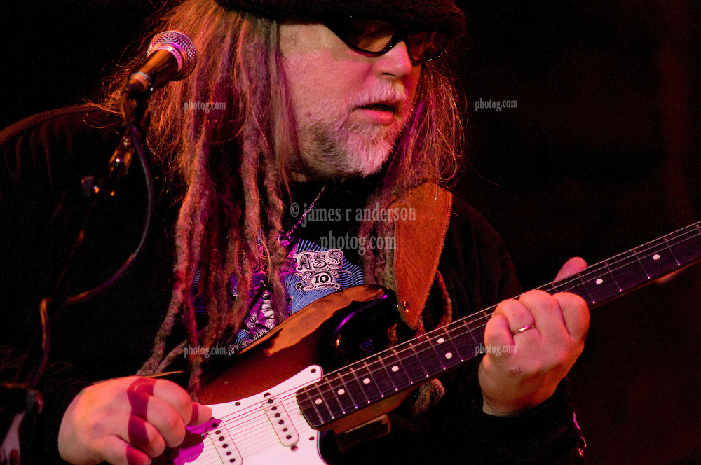 Papa Mali performing with 7 Walkers in Concert in The Wolfs Den at Mohegan Sun Casino on December 9, 2010