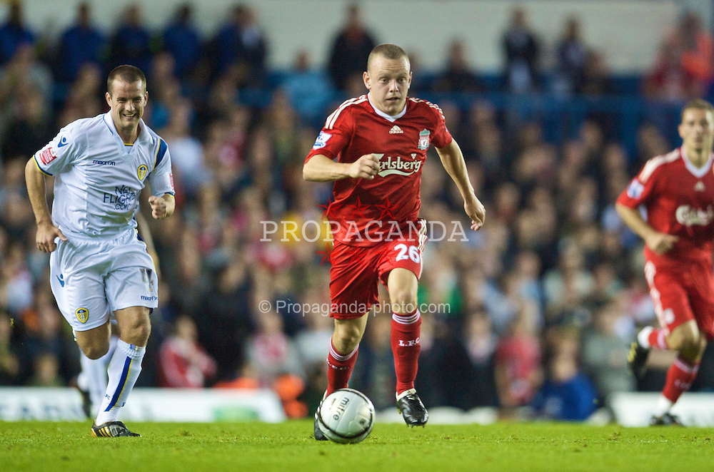LEEDS, ENGLAND - Tuesday, September 22, 2009: Liverpool's Jay Spearing in action against Leeds United during the League Cup 3rd Round match at Elland Road. (Photo by David Rawcliffe/Propaganda)