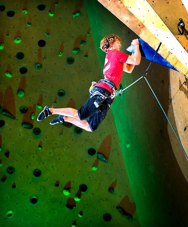 The Netherlands, Amsterdam, 28-11-2015.<br /> Sport Climbing, Dutch Championship Lead.<br /> Male climber in the finals.<br /> Photo : Klaas Jan van der Weij