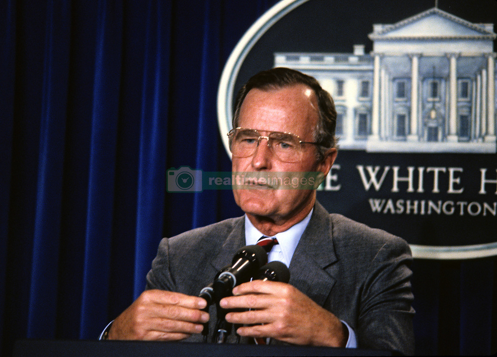 United States President George H.W. Bush holds a press conference on the crisis with Iraq in the Brady Press Briefing Room at the White House in Washington, DC on August 17, 1990. Photo by Howard L. Sachs / CNP /ABACAPRESS.COM