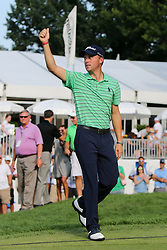 August 5, 2018 - Akron, Ohio, United States - Justin Thomas waves to the crowd on the 18th green after winning of the WGC-Bridgestone Invitational at Firestone Country Club. (Credit Image: © Debby Wong via ZUMA Wire)