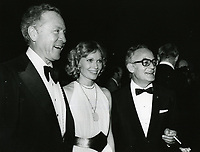 1979 Ted Mann, Mia Farrow & Dino de Laurentis at the premiere of Hurricane at Mann's Chinese Theater