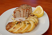 Tuna steak with potatoes