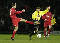 Fotball<br /> England 2004/2005<br /> Foto: SBI/Digitalsport<br /> NORWAY ONLY<br /> <br /> Watford v Southampton<br /> Carling Cup Semi Final. 25/01/2005.<br /> <br /> Neal Ardley is challenged by Dietmar Hamann