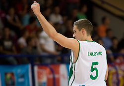 Jaka Lakovic (5) of Slovenia celebrates after the basketball match at 1st Round of Eurobasket 2009 in Group C between Slovenia and Serbia, on September 08, 2009 in Arena Torwar, Warsaw, Poland. (Photo by Vid Ponikvar / Sportida)
