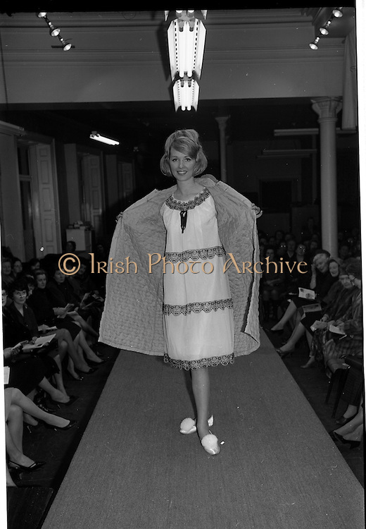 09/03/1964<br /> 03/09/1964<br /> 09 March 1964<br /> McBirney's Fashion show at McBirney's, Aston Quay, Dublin. Image shows model Blanche wearing a housecoat and nightgown.