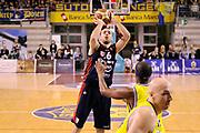 DESCRIZIONE : Ancona Lega A 2011-12 Fabi Shoes Montegranaro Banca Tercas Teramo<br /> GIOCATORE : Milos Borisov<br /> CATEGORIA : tiro penetrazione<br /> SQUADRA : Banca Tercas Teramo<br /> EVENTO : Campionato Lega A 2011-2012<br /> GARA : Fabi Shoes Montegranaro Banca Tercas Teramo<br /> DATA : 03/01/2012<br /> SPORT : Pallacanestro<br /> AUTORE : Agenzia Ciamillo-Castoria/C.De Massis<br /> Galleria : Lega Basket A 2011-2012<br /> Fotonotizia : Ancona Lega A 2011-12 Fabi Shoes Montegranaro Banca Tercas Teramo<br /> Predefinita :