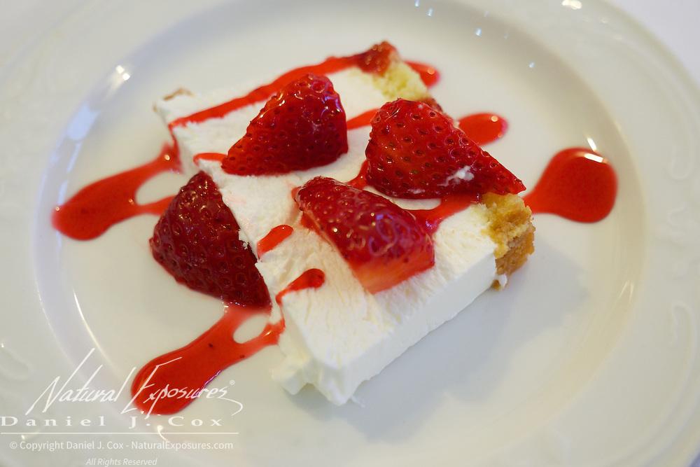 Strawberry desert, Ristorante Pasquale, Monterosso, Italy