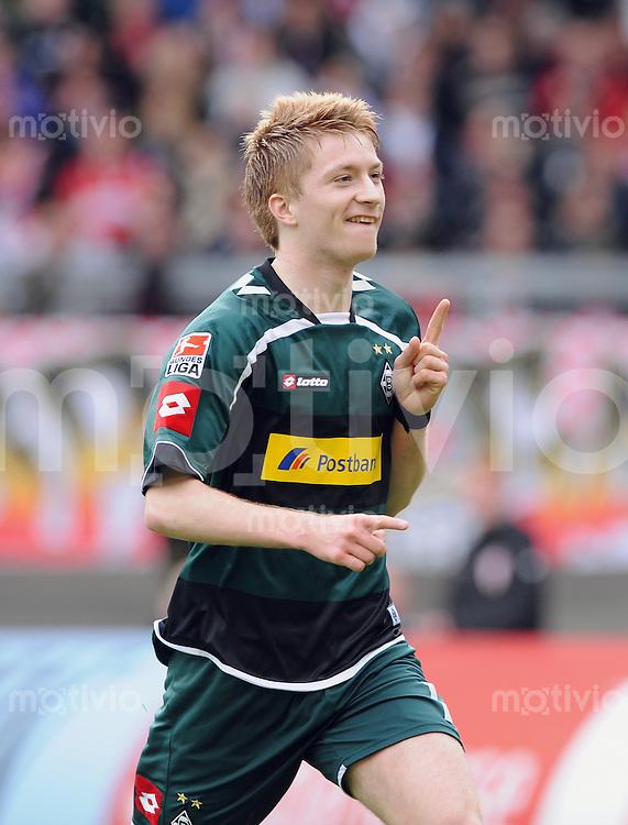 FUSSBALL  1. BUNDESLIGA  SAISON 2009/2010   29. Spieltag   03.04.2010 VfB Stuttgart - Borussia Moenchengladbach JUBEL zum 0:1, Torschuetze Marco Reus (Gladbach)
