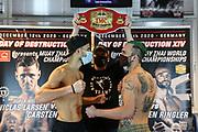 """Muay Thai / K1: Day of Destruction XIV, Wiegen, Hamburg, 11.12.2020<br /> v.l.: Niclas R Larsen (DEN), Promoter Ralf Stege und Carsten """"The Lion"""" Ringler (GER)<br /> © Torsten Helmke"""