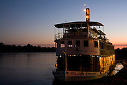 Pirapora_MG, Brasil...Rio Sao Francisco, o rio da integracao nacional. Na foto o barco a vapor Benjamim Guimaraes...The Sao Francisco river, It is an important river for Brazil, called the river of national integration. In this photo, the steam paddle boat Benjamim Guimaraes...Foto: LEO DRUMOND / NITRO.Pirapora_MG, Brasil.