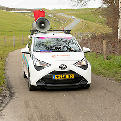 12-03-2021: Wielrennen: Healthy Ageing Tour: Wijster<br />Red Flag car