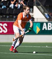 AMSTELVEEN  - Hockey -  1e wedstrijd halve finale Play Offs dames.  Amsterdam-Bloemendaal (5-5), Bl'daal wint na shoot outs.  Mats de Groot (Bldaal)   COPYRIGHT KOEN SUYK