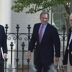 Austin, Texas 09NOV 2000:  Texas Governor George W. Bush waves to the media from the driveway of the Governor's Mansion Thursday as votes are being counted in Florida to determine the winner of the U.S. Presidential election. At left is campaign chairman Don Evans and at right is Karl Rove.  © Bob Daemmrich