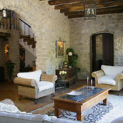 Country Home 524