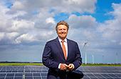 Koning opent Zonnepark Hollandia Nieuw-Buinen