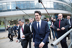 © Licensed to London News Pictures .31/03/2015 . Manchester , UK . ED MILIBAND , the leader of the Labour Party , arrives at Manchester Piccadilly train station , to board the party election battle bus at the start of his campaign to be the next British Prime Minister . Photo credit : Joel Goodman/LNP