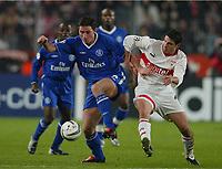 v.l. Frank LAMPARD, Imre SZABICS Stuttgart<br /> Fu§ball Champions League VfB Stuttgart - FC Chelsea