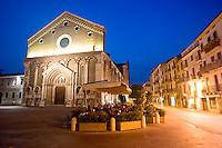 VICENZA, CENTRO STORICO, CHIESA TEMPIO DI SAN LORENZO E CORSO FOGAZZARO, VENETO, ITALIA