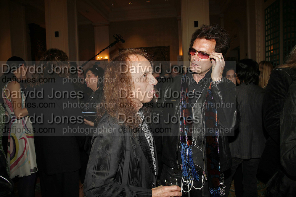 Glenn Hughes ( Deep purple)  and Ronnie James Dio ( Black Sabbath ), Classic Rock Roll of Honour, Classic Rock magazineês annual awards party. Langham Hotel, portland Place. London. 6 November 2006.  ONE TIME USE ONLY - DO NOT ARCHIVE  © Copyright Photograph by Dafydd Jones 66 Stockwell Park Rd. London SW9 0DA Tel 020 7733 0108 www.dafjones.com