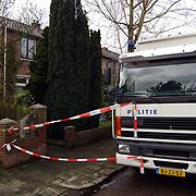 Technisch onderzoek politie kinderboerderij Canton Baarn ivm vermissing echtpaar Muller - van der Velden, commandowagen