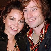 NLD/Kaatsheuvel/20051127 - Premiere musical Tita Tovenaar, Maaike Widdershoven en partner Daniel Staakman
