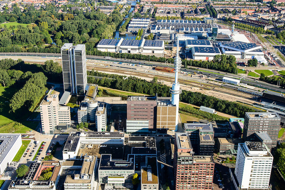 Nederland, Noord-Holland, Amsterdam, 27-09-2015; Zuid-as, ter hoogte van Staion Rai, De Boelelaan en Ringweg A10. Rai in de achtergrond. <br /> Start of the South axis, Amsterdam equivalent of 'the City', financial district.<br /> luchtfoto (toeslag op standard tarieven);<br /> aerial photo (additional fee required);<br /> copyright foto/photo Siebe Swart