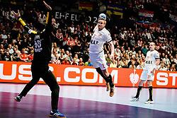20.01.2020, Wiener Stadthalle, Wien, AUT, EHF Euro 2020, Kroatien vs Tschechische Republik, Hauptrunde, Gruppe I, im Bild v. l. Matej Asanin (CRO), Jakub Hrstka (CZE) // f. l. Matej Asanin (CRO) Jakub Hrstka (CZE) during the EHF 2020 European Handball Championship, main round group I match between Croatia and Czech Republic at the Wiener Stadthalle in Wien, Austria on 2020/01/20. EXPA Pictures © 2020, PhotoCredit: EXPA/ Florian Schroetter