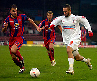 Photo: Alan Crowhurst.<br />Crystal Palace v Swindon Town. The FA Cup. 06/01/2007. Swindon's Christian Roberts (R) takes on the defence.