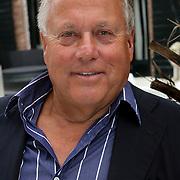 NLD/Naarden/20081006 - Boekpresentatie Catherine & Friends, Joop Braakhekke
