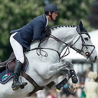 CSI3* Bahrain Pearl Stakes - Royal Windsor Horse Show 2015
