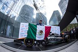 October 25, 2017 - EUM20171025DEP14.JPG.CIUDAD DE MÉXICO.- Race/Carreras-GP México.- El piloto mexicano de Fórmula Uno, Sergio Pérez, durante conferencia de prensa en Plaza Carso, este miércoles 25 de octubre de 2017, en el marco del Gran Premio de México a llevarse a cabo este fin de semana. Foto: Agencia EL UNIVERSAL/Cristopher Rogel Blanquet/RCC. (Credit Image: © El Universal via ZUMA Wire)