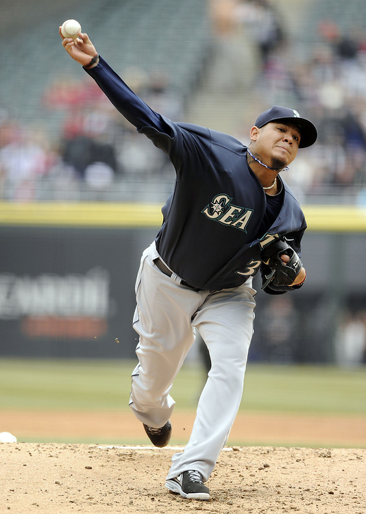 CHICAGO - APRIL 06:  Felix Hernandez #34 of the Seattle Mariners pitches against the Chicago White Sox on April 06, 2013 at U.S. Cellular Field in Chicago, Illinois.  The White Sox defeated the Mariners 4-3.  (Photo by Ron Vesely)   Subject:  Felix Hernandez