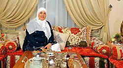 20111202 NED: Thuis bij Samia Bakour-Alla, Tilburg<br /> Portret van ambassadeur Samia thuis die in 2010 aan de Atlas Challenge deelnam.