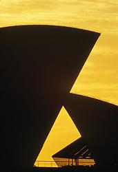 Australia, Sydney, Sydney Opera House at sunset