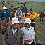 Mongolia. horse race training during for the preparation of the naadam in Bat ulzii  Orkhon valley  Mongolia  / course de chevaux pendant la preparation du naadam a bat Ulzii  vallee de líorkhon  Mongolie