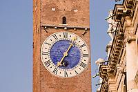 BASILICA PALLADIANA (architetto Andrea Palladio 1549), OROLOGIO DELLA TORRE DEI BISSARI, VICENZA, VENETO, ITALIA