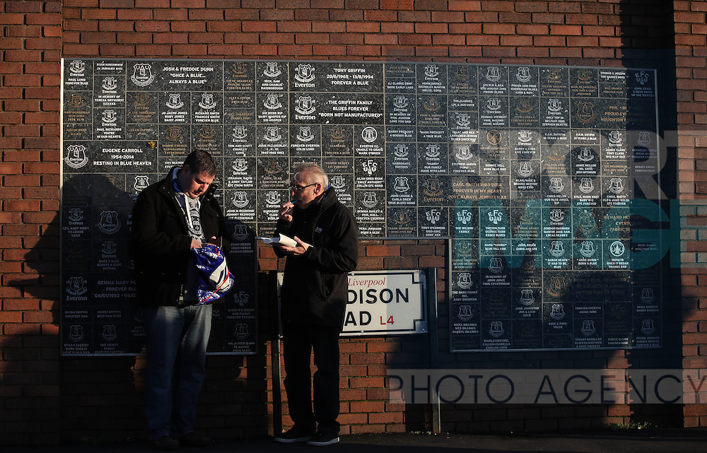 Fans before the Premier League match at Goodison Park, Liverpool. Picture date: December 4th, 2016.Photo credit should read: Lynne Cameron/Sportimage