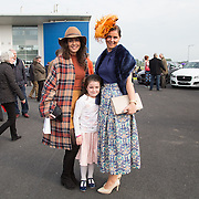 09.10.2016           <br /> Attend the Keanes Jewellers Best dressed competition at Limerick Racecourse were, Aoife Kelleher, Aoibhin and Deirdre Mulivihill. Picture: Alan Place
