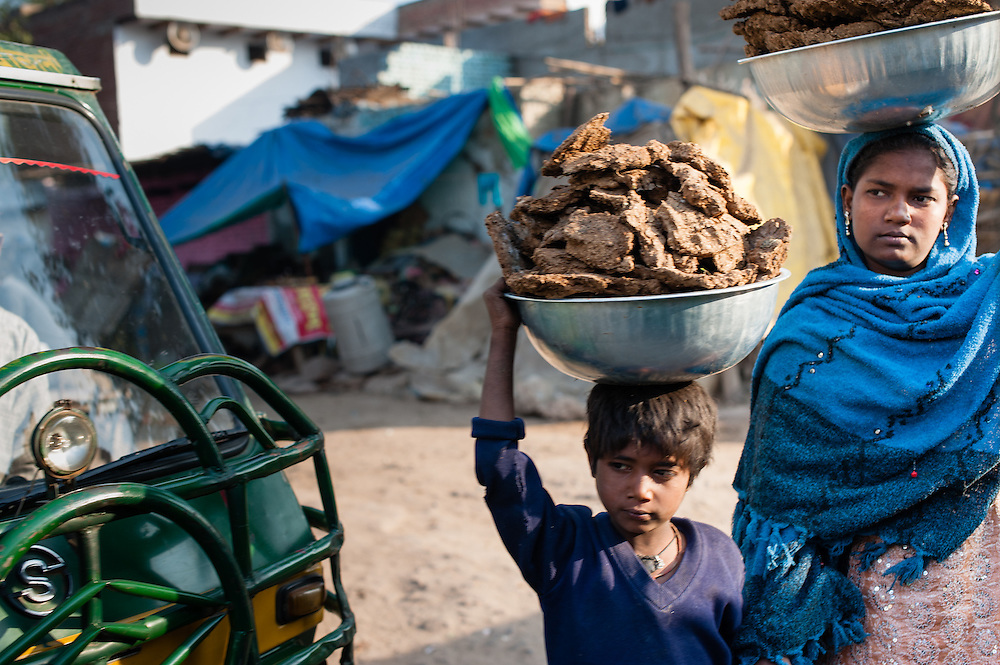 Street children in Agra (India)