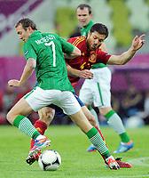 Fotball , 14. juni 2012 , Euro , Spania - Irland<br /> v.l. Aiden McGeady, Xabi Alonso (Spanien)<br /> Norway only