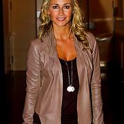 NLD/Hilversum/20100819 - RTL perspresentatie 2010, Wendy van Dijk