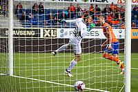 1. divisjon fotball 2018: Aalesund - Tromsdalen. Aalesunds Holmbert Fridjonsson header inn 3-0 i førstedivisjonskampen i fotball mellom Aalesund og Tromsdalen på Color Line Stadion.