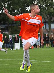 FODBOLD: Casper Sørensen (Helsingør) jubler efter sin scoring under kampen i DBU Pokalen mellem Kastrup Boldklub og Elite 3000 Helsingør den 31. august 2011 på Røllikevej, Kastrup. Foto: Claus Birch