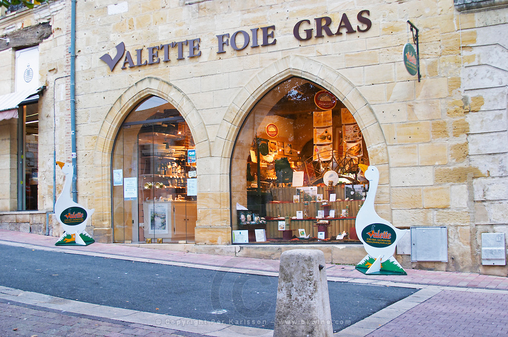 Shop selling local duck and goose specialities and Sign advertising Valette Foie Gras, Duck or Goose fat liver. on Place Pelissiere Square Bergerac Dordogne France