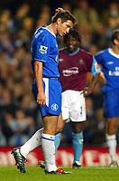 Fotball<br /> Foto: BPI/Digitalsport<br /> NORWAY ONLY<br /> 27.10.2004<br /> Carling Cup 3 runde<br /> <br /> Chelsea v West Ham United<br /> <br /> Rufus Brevett can afford a smile after Frank Lampards missed penalty