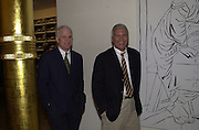 Steve Martin and Larry Gagosian. Azzadine Alaia installation. 575 Broadway. NY. 22 September 2000. © Copyright Photograph by Dafydd Jones 66 Stockwell Park Rd. London SW9 0DA Tel 020 7733 0108 www.dafjones.com